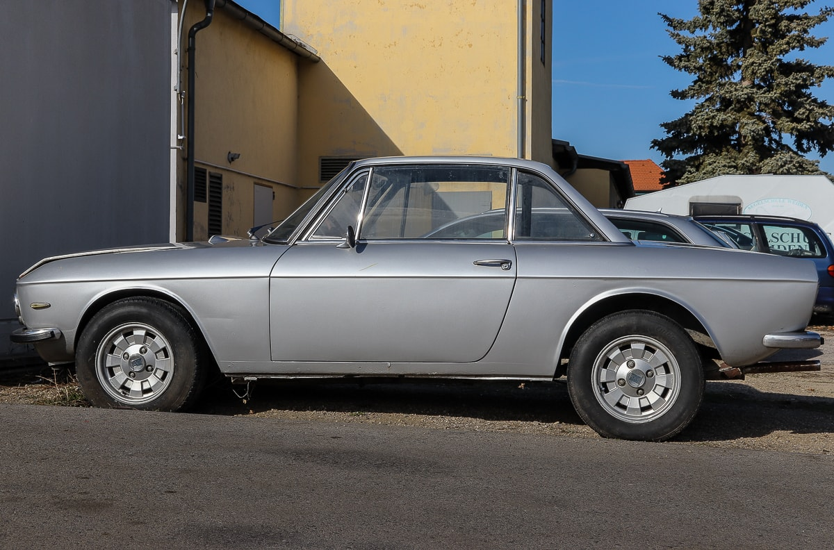 Lancia Fulvia in grau by Retrowerk