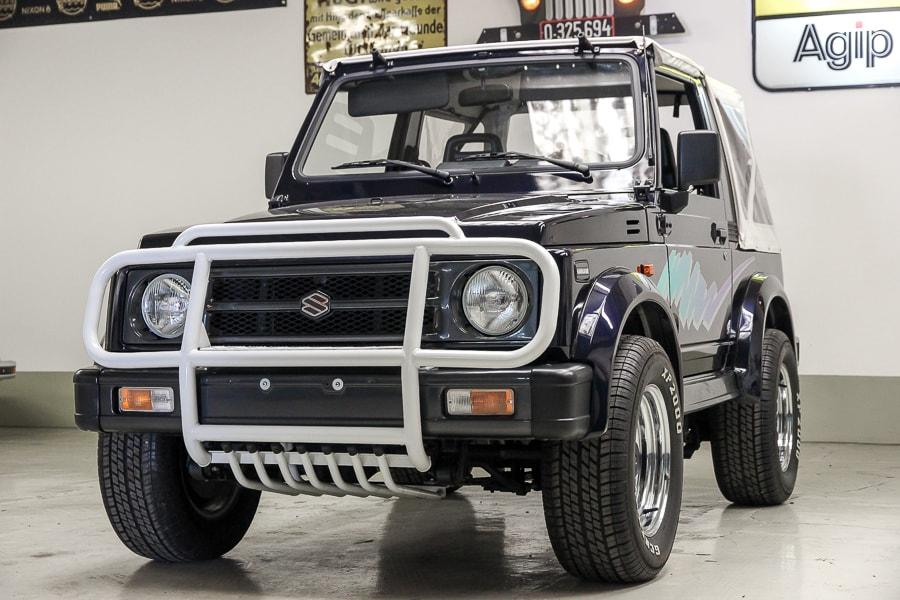 Suzuki by Retrowerk
